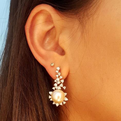 R1689101 brinco longo pontos de zirconias com perola branca joia folheada brilho folheados brinco na orelha