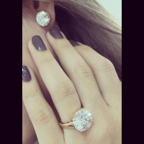anel solitario pedra grande cristal bruna semijoias brilho folheados AB1651