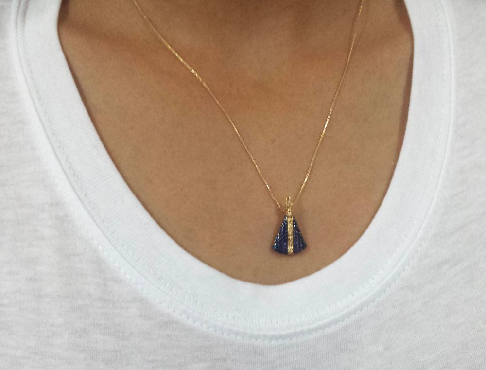 colar-nossa-senhora-aparecida-manto-zirconia-azul -sabrina-joias-brilho-folheados-1800141 ff660e5b12