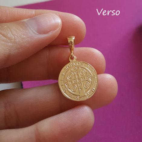 foto verso medalha de sao bento folheado ouro 18k brilho folheados sabrina joias