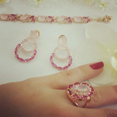 conjunto anel brinco pulseira cristais rosa brilho folheados