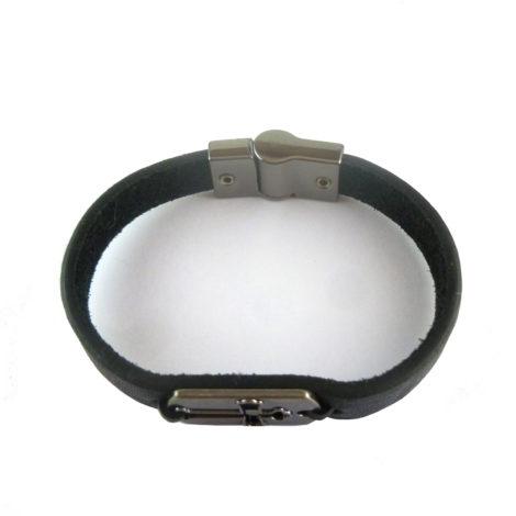 pulseira masculina couro preta cruz brilho folheados