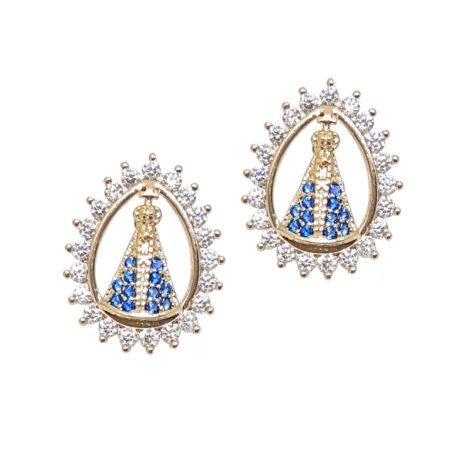 brinco oval nossa senhora aparecida detalhe vazado zirconia colorida azul branca brinco folheado ouro 18k sabrina joias brilho folheados