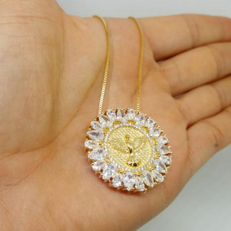 colar medalha redonda grande espirito santo de deus ouro dourado antialergico brilho folheados