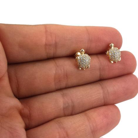1689784 brinco tartaruga cravejada pequeno tarraxa baby antialergico joia folheada ouro 18k brilho folheados