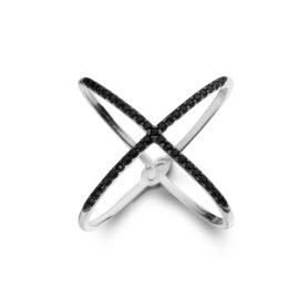 Anel X cruzado zircônias pretas folheado em ródio prateado