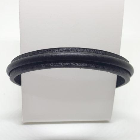 pulseira couro masculina cor preta fecho ima rodio negro brilho folheados
