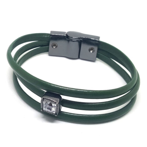 pulseira de couro verde militar com pingente brilho folheados