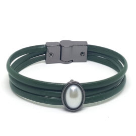 Pulseira de couro verde militar pingente pérola oval