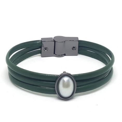 pulseira feminina couro verde militar pintenge pedra oval perola brilho folheados detalhes em rodio