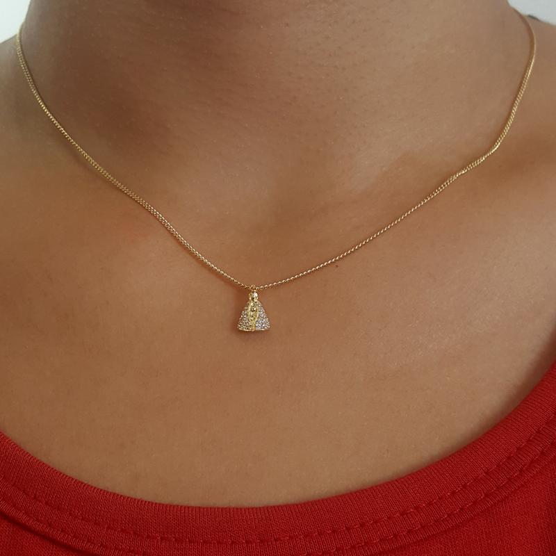 a40c6e3e7352b Colar Nossa Senhora Aparecida Mini folheado a ouro Bruna Semijoias