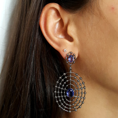 1690048 maxi brinco bolinhas com detalhe vazado com cristal redondo violeta joia folheada rodio negro brilho folheados sabrina joias