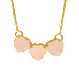 Colar 3 corações cristal rosa folheado ouro