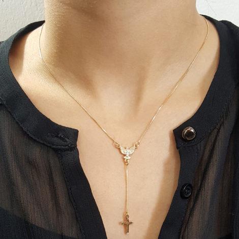 colar gravatinha com espirito santo de deus e cruz folheado a ouro 18k brilho folheados foto modelo 1