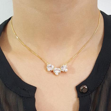 colar pingente 3 coracao zirconia cristal foto pescoco modelo joia folheada ouro 18k brilho folheados