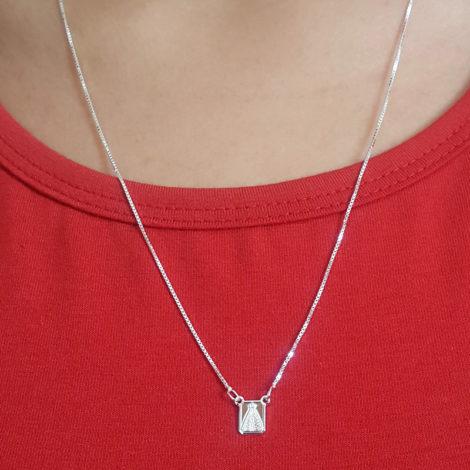 ecapulário unissex com medalha mini do sagrado coracao de jesus e nossa senhora aparecida com oracao em prata pura brilho folheados 2