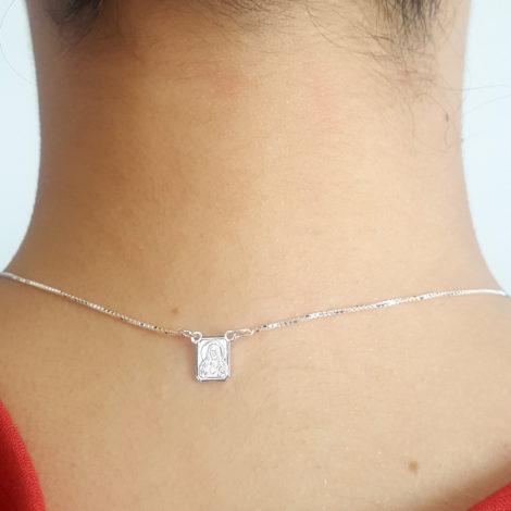 ecapulário unissex com medalha mini do sagrado coracao de jesus e nossa senhora aparecida com oracao em prata pura brilho folheados 3