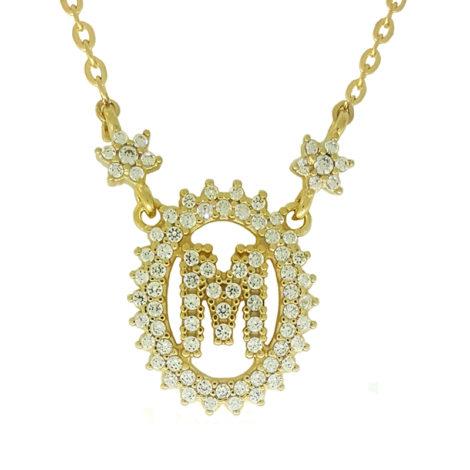 1900348 colar pingente oval letra m cravejado com zirconias branca folheado a ouro dourado 18k brilho folheados sabrina joias
