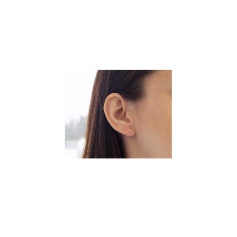 526127 Brinco pequeno no formato de v joia rommanel metamorfose brilho folheados foto orelha modelo
