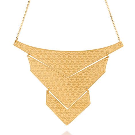 531443 Maxi colar formado por fio de elos oval tendo 3 peças trabalhadas no formato de triângulos foscos articulados rommanel metamorfose brilho folheados
