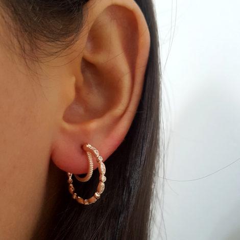 rose 1689521 brinco arola leve com fecho clique e argola simples no entorno da orelha joia folheada ouro rose antialergica sabrina joias brilho folheados 3