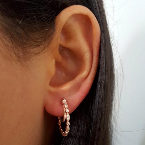 rose 1689521 brinco arola leve com fecho clique e argola simples no entorno da orelha joia folheada ouro rose antialergica sabrina joias brilho folheados 4