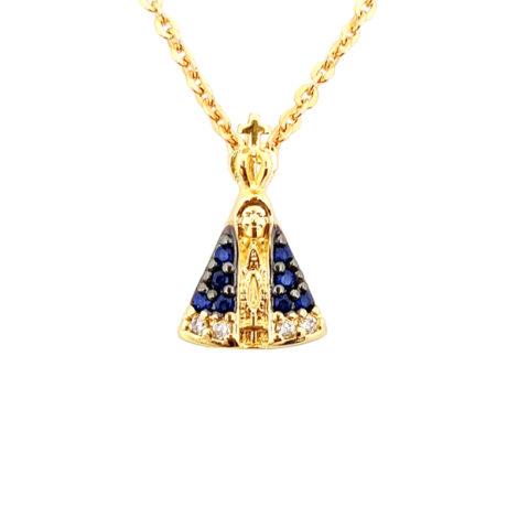 1800688 222e45 colar de mini nossa senhora aparecida com manto cravejado com zirconias azul colar de elos folheado a ouro 18k sabrina joias brilho folheados