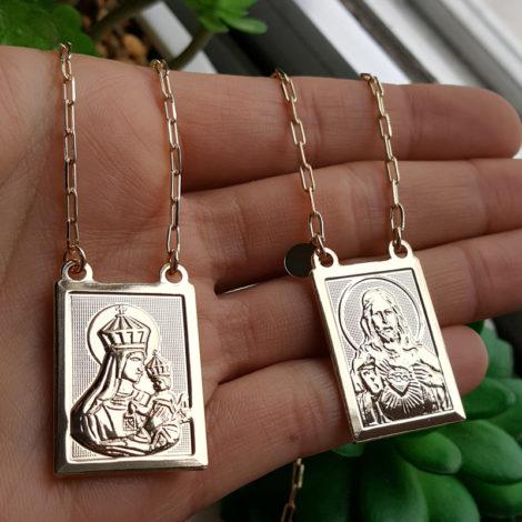 escapulario medalhas grandes sagrado coracao de jesus e nossa senhora do carmo folheado a ouro 18k brilho folheados