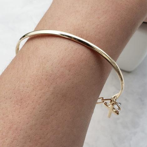 pulseira bracelete mista com cruz e strass joia folheada ouro 18k brilho folheados foto modelo 1