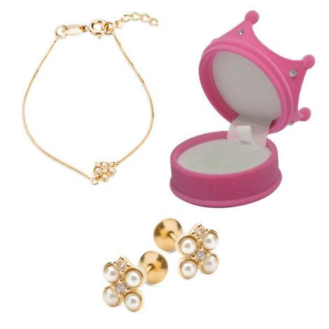 1700417 1690025 kit brinco e pulseira infantil para bebe com 4 perolas e 2 zirconias formando uma flor kit acompanha linda caixinha no formato de coroa para presentear
