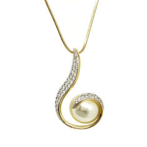 243E45 1800520 colar com pintente estilizado caracol com perola e detalhes cravejados com zirconias joia folheada ouro 18k loja brilho folheados marca sabrina joias
