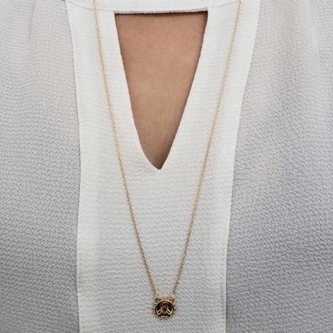 1900424 escapulario sagrado coracao de jesus e nossa senhora do carmo medalha com bolinhas ao redor joia folheada a ouro brilho folheaodos sabrina joias foto modelo