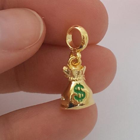 MB1177 berloque pingente saco de dinheiro joia folheada ouro marca bruna semijoias loja brilho folheados 4