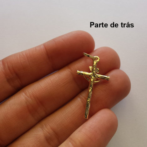 MB 0255 pingente cruz crucifixo corpo cristo crucificado placa inri folheado ouro 18k bruna semijoia loja brilho folheados 3