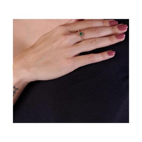 512716 anel flor com zircônias verdes folheado a ouro joia rommanel colecao gratidao loja brilho folheados foto modelo
