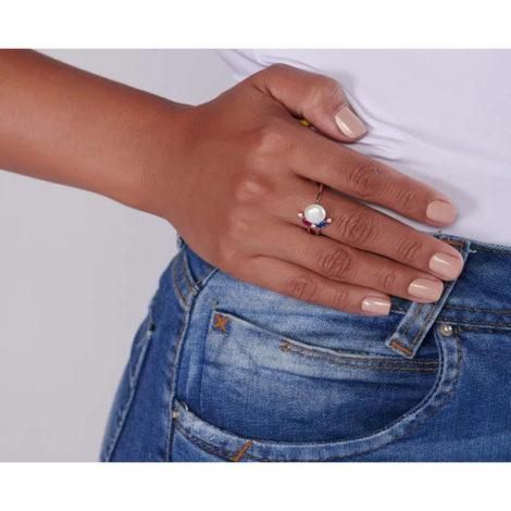 512758 anel ajustável folheado a ouro com pérola e zircônias joia rommanel colecao gratidao loja brilho folheados foto modelo