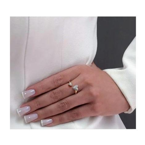 1911022 anel amor sem fim aro aberto com coracao cravejado em cada ponta joia folheada ouro 18k marca sabrina joias loja brilho folheados foto modelo