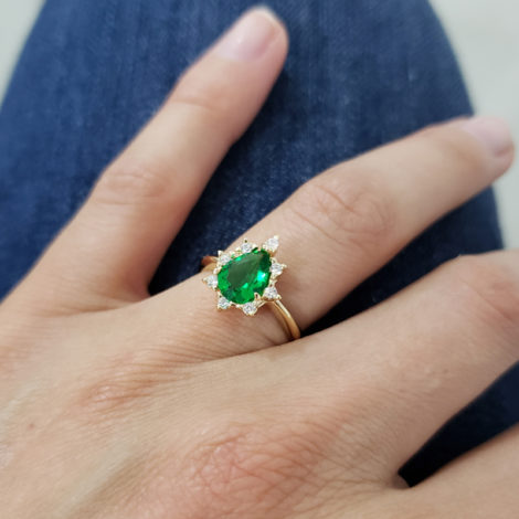 1910414 anel de formatura verde com zirconias brancas joia folheada ouro antialergica com caixa capelo loja brilho folheados 8