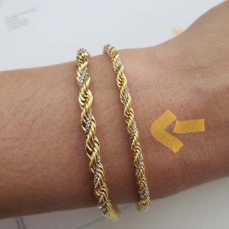 CE0136 18 cm pulseira trancada dois tons trabalhada folheada ouro 18k marca bruna semijoias loja revendedora brilho folheados foto modelo 11