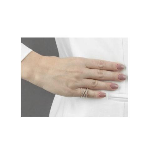 1910942 anel fios geometricos cravejado com zirconias brancas brilhantes marca sabrina joias loja brilho folheados foto modelo