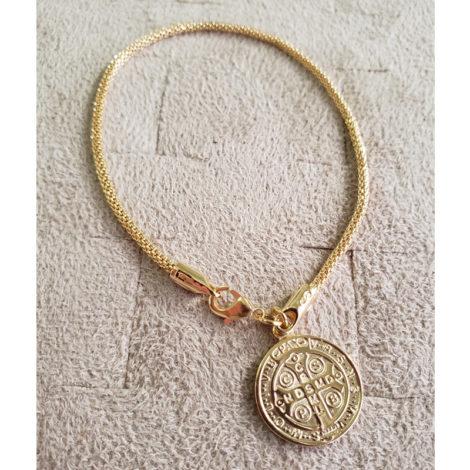 1700543 pulseira medalha de sao bento dourada malha tubinho marca sabrina loja revendedora brilho folheados 2