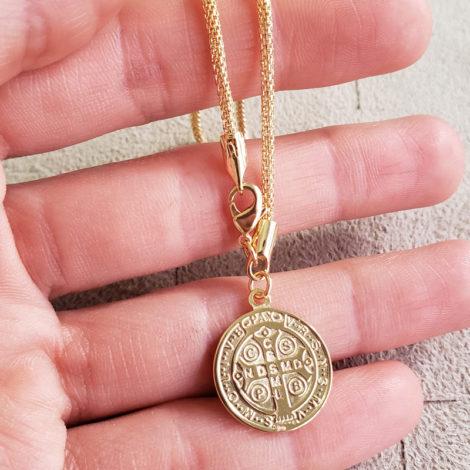 1700543 pulseira medalha de sao bento dourada malha tubinho marca sabrina loja revendedora brilho folheados 5