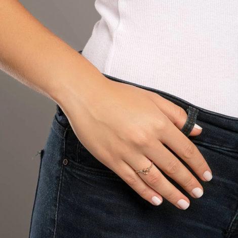 512878 anel ajustável formado por aro formato corda composto por âncora e zircônia marca rommanel loja revendedora brilho folheados foto modelo