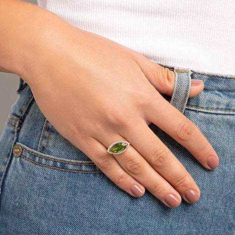 512888 anel maxi cristal oval na horizonal verde com zirconias brancas colecao fe na vida marca rommanel loja brilho folheados 3