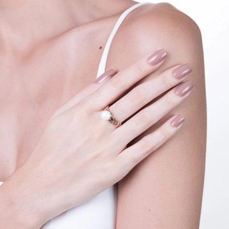 512358 anel delicado perola com coracoes nas laterais colecao dia dos namorados marca rommanel loja revendedora brilho folheados foto modelo 1