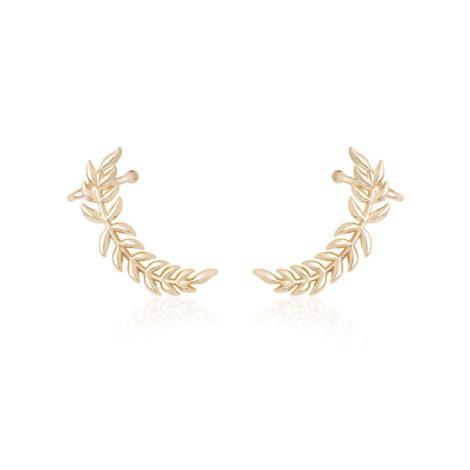 imagem de fundo branco, contendo uma par do brinco ear cuff formato folhas de arruda banhado a ouro dourado. Peça super sofisticada para arrasar no look do dia a dia.